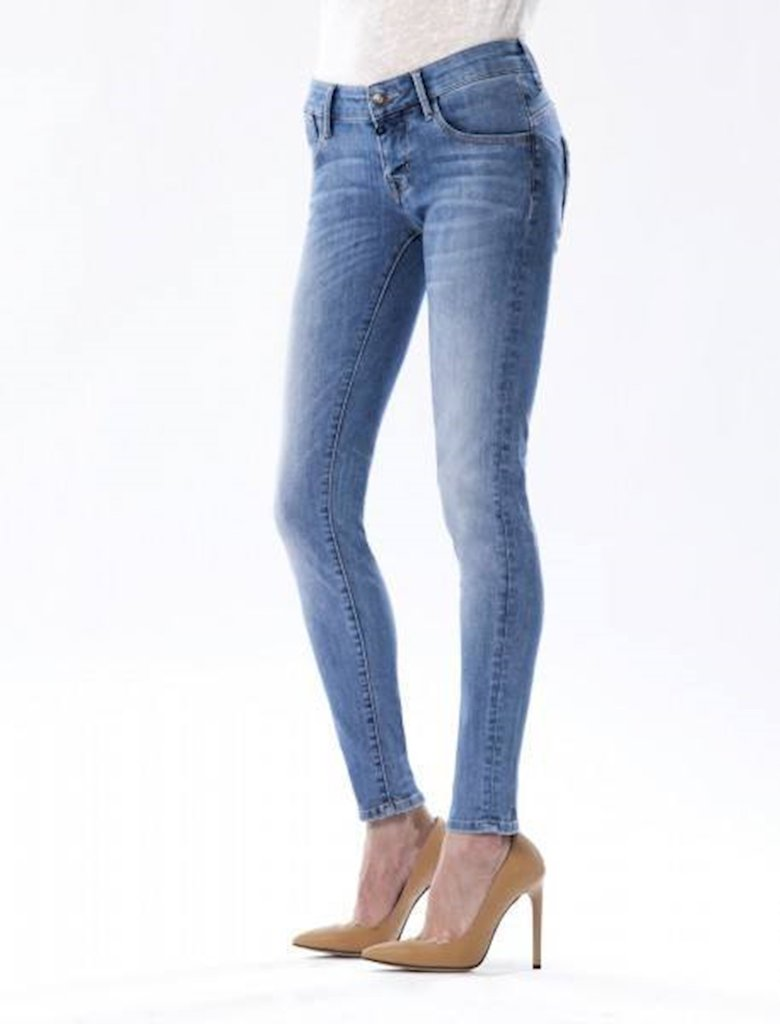 Jeans in Medium Blue - C.O.J. Denim