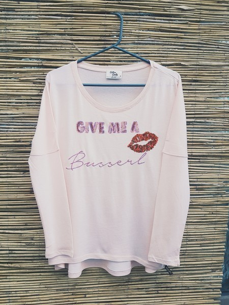 shirt 'give me a busserl' - cotton candy