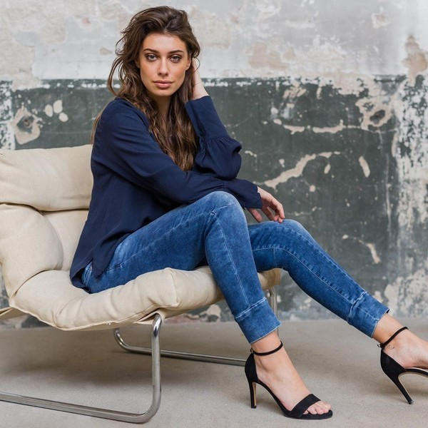 jeans mila in blue denim - c.o.j. denim